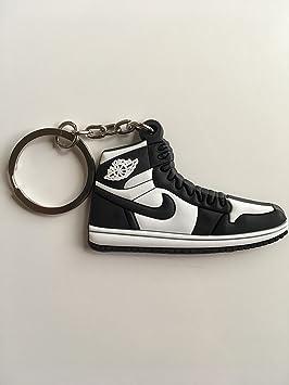 SneakerKeychainsNY Jordan Retro 1 OG Llavero Negro/Blanco ...