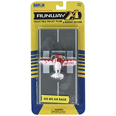 Daron Worldwide Trading Runway24 Gee Bee Racer Vehicle: Toys & Games