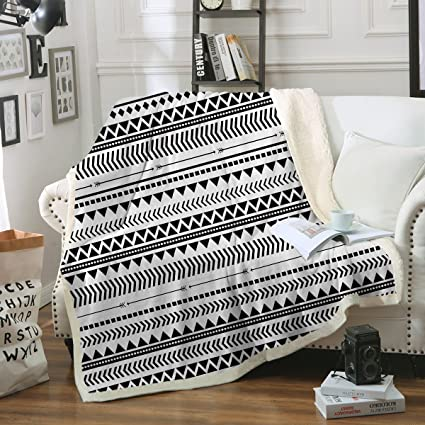 Awe Inspiring Sleepwish Aztec Throw Blanket Black White Triangle Blanket Tribal Geometric Fleece Sherpa Throw Blanket For Couch Bed Sofa 50 X 60 Inch Gmtry Best Dining Table And Chair Ideas Images Gmtryco