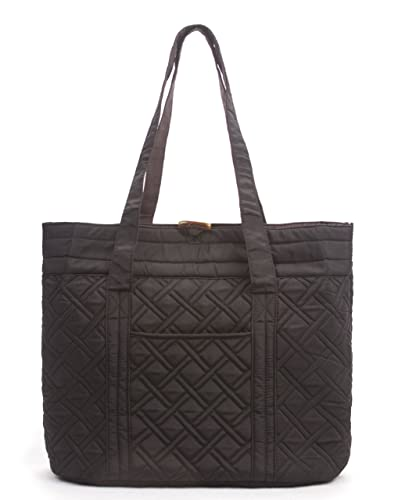 046a21ecaf Amazon.com  Overbrooke Reversible Quilted Tote Bag