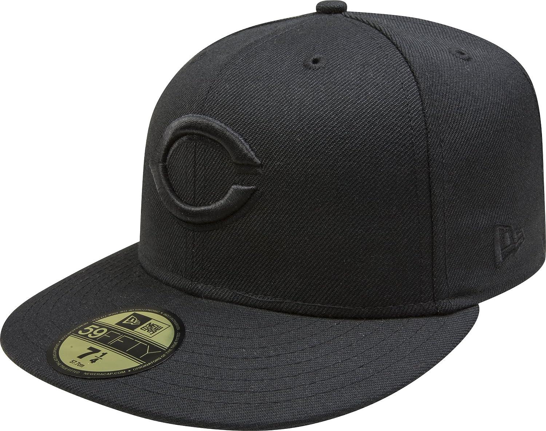 Amazon.com   New Era Cincinnati Reds 59FIFTY Black on Black Fitted Hat    Sports   Outdoors 4245841b4d5
