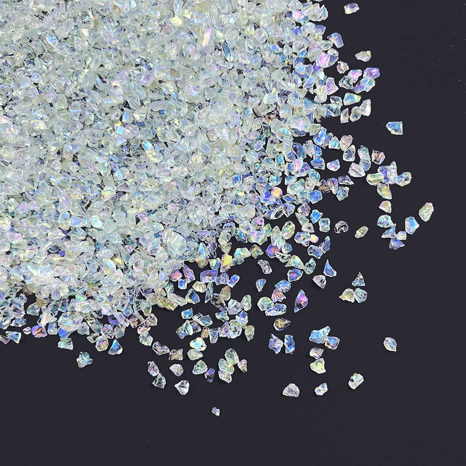 Jmassyang Crushed Glass Irregular Metallic Chips 100g Sprinkles Chunky Glitter for Nail Arts Craft Resin DIY Mobile Phone Case Vase Fillers Jewelry Making Home Decoration (Transparency AB, 2-4mm)