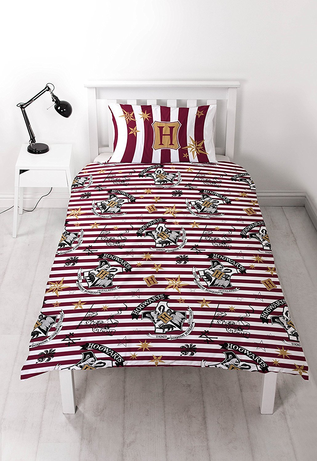 Studio World Harry Potter 'Hogwarts School' TWIN/TWIN XL Duvet Cover Set - Red & White & Gold