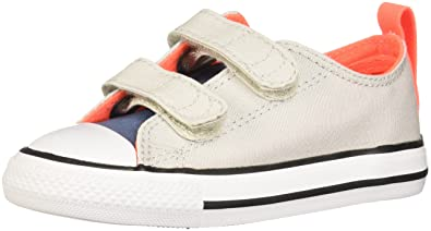 Converse Chuck Taylor Enfants All Star Fermeture scratch Basse Baskets, Souris/Bleu Coast - Souris/Bleu Coast, 4 UK Child