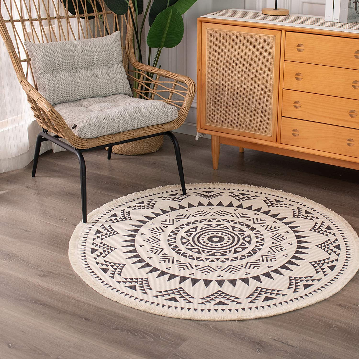 Amazon Com Boho Cotton Mandala Round Area Rug For Bedroom Living Room With Bohemian Floral Pattern Hand Woven Circle Carpet With Tassels Fringe Chic Indoor Floor Mat Machine Washable 4 Ft Kitchen