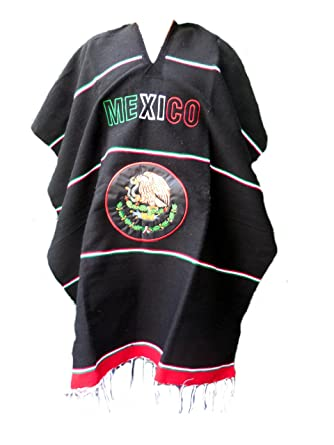 db27e919de7a5 Amazon.com  Mexican Poncho Seleccion Mexicana Cobija Blanket (Model 2)   Clothing