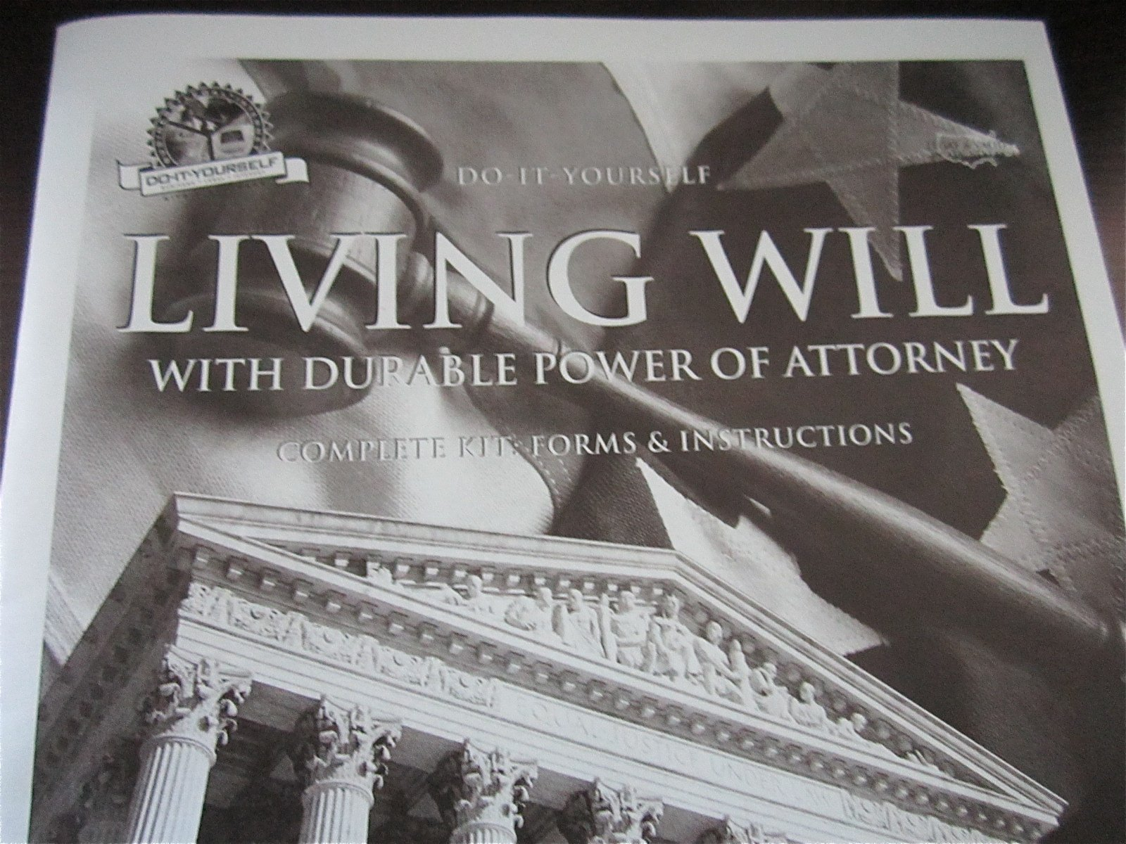Living will kit do it yourself valid in all 50 states timothy j living will kit do it yourself valid in all 50 states timothy j smith 9781880398005 amazon books solutioingenieria Gallery