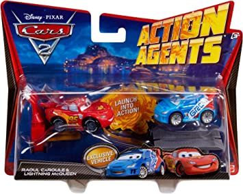Mattel Disney Cars 2 Action Agents Battle Pack - Rayo Mcqueen y Raoul Çaroule: Amazon.es: Juguetes y juegos