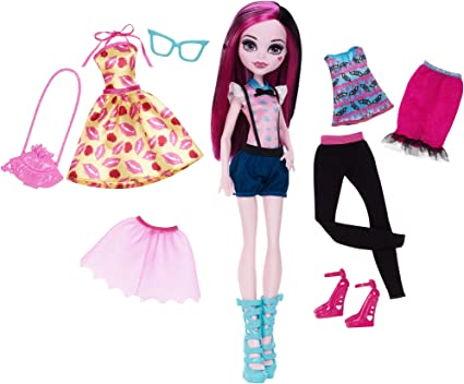 Amazon Com Monster High Lots Of Looks Draculaura Doll Toys Games