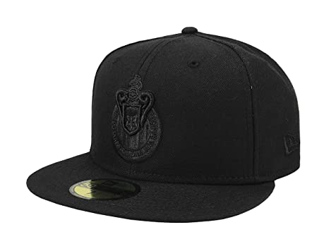New Era 59Fifty Hat Chivas De Guadalajara Liga MX Soccer Black Black Fitted  Cap ( e52e0534f4de