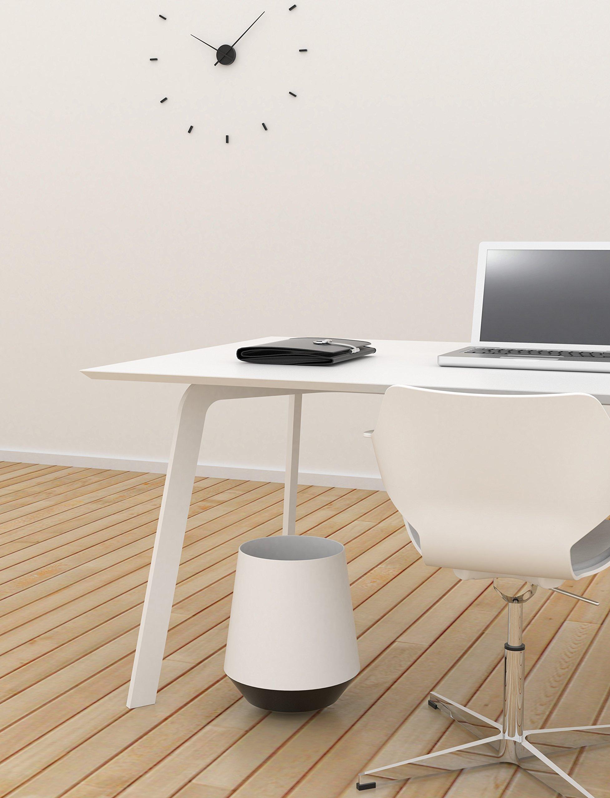 Papelera Oficina para Escritorio de 17 Litros, Papelera Balanceo con mucho juego ,Modelo Biel, Varios Colores, de la marca Made Design Barcelona Fabricada en España (Blanco)