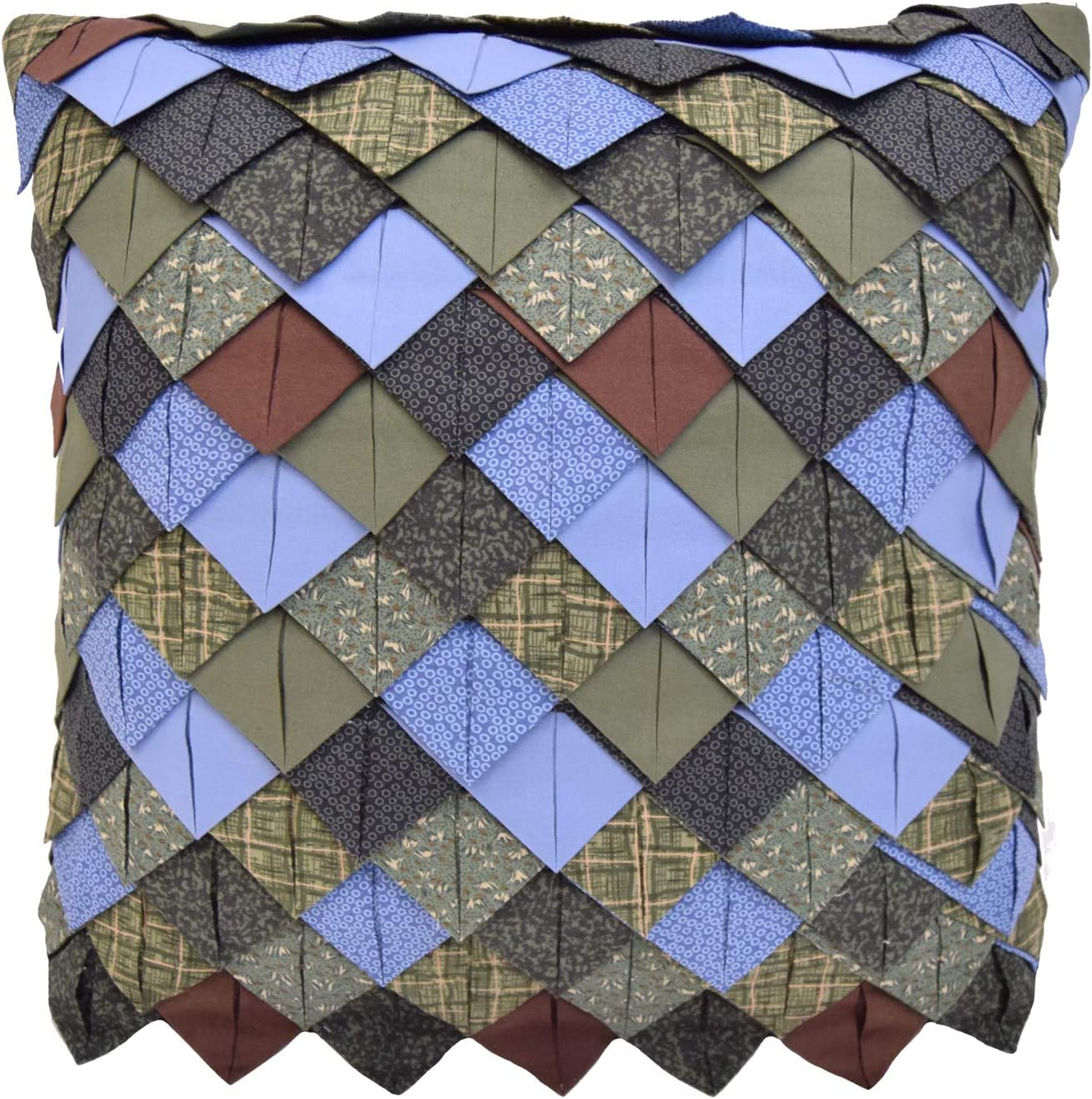 Amazon Com Donna Sharp Throw Pillow Bear Lake Lodge Decorative Throw Pillow With Roof Tile Pattern Square Home Kitchen