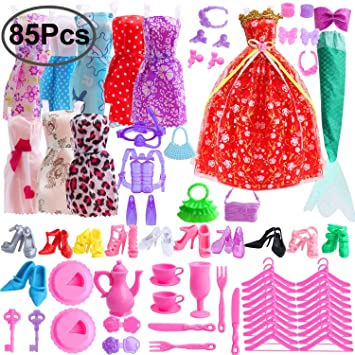 bba7f0cd5 Outee 85 Pcs Doll Clothes Set for barbie Xmas Gift Including 10 Pcs Clothes  70 Pcs Doll Accessories Party Grown Outfit for Kids Girls: Amazon.co.uk:  Toys & ...