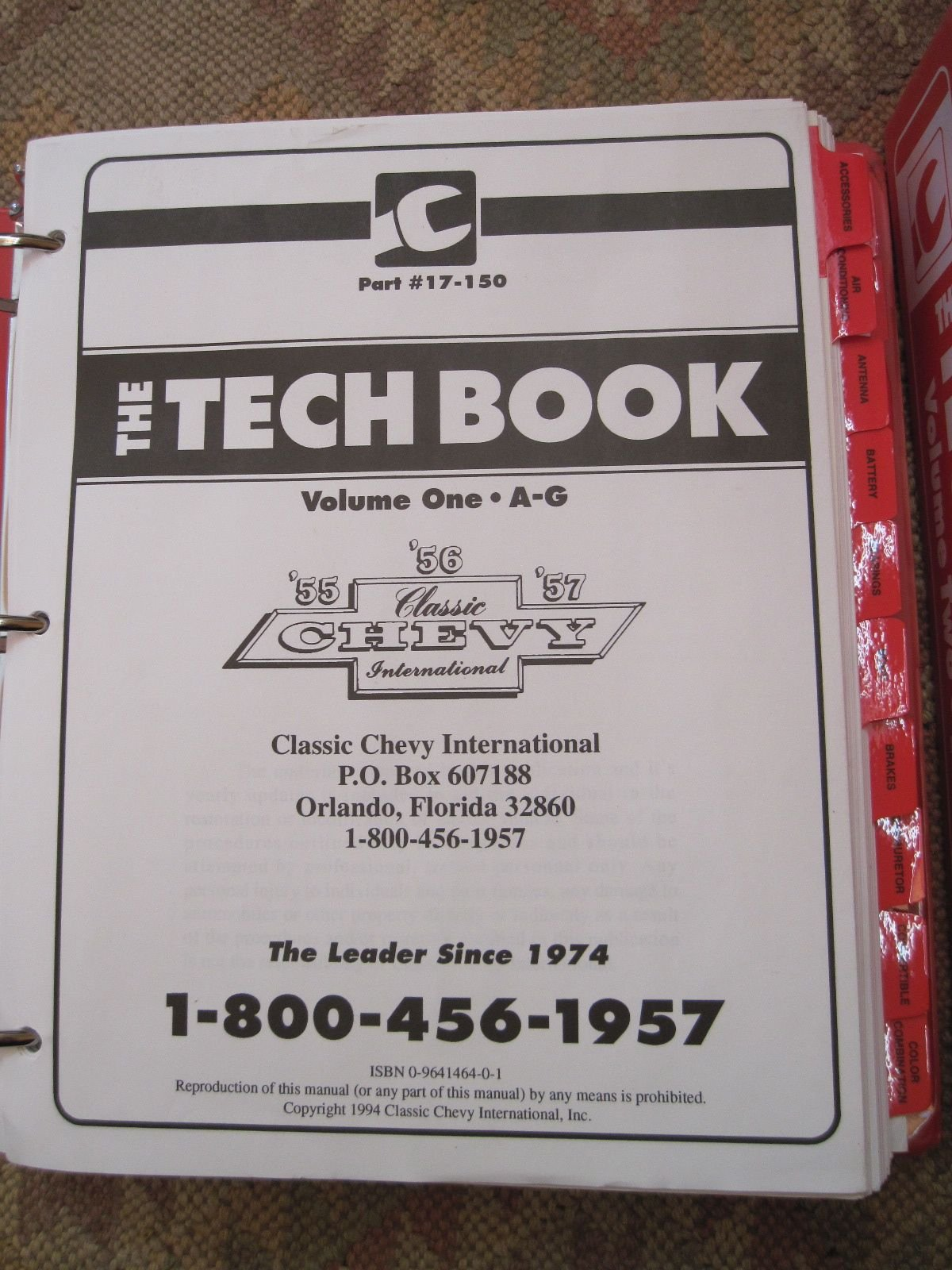 The Tech Book Volumes 1 2 Classic Chevy International 1957 Color Chart 9780964146402 Books