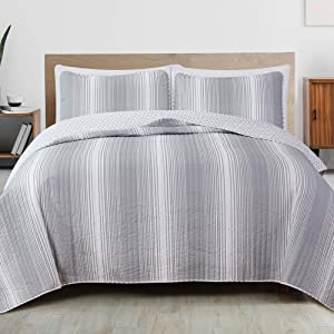 3-Piece Reversible Quilt Set with Shams. All-Season Bedspread with Ombre Striped Pattern. Everette Collection (King, Grey)