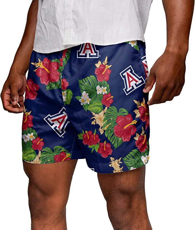 Pigs and Hearts Pattern Mens Beach Shorts Slim-Fit Swimming Shorts