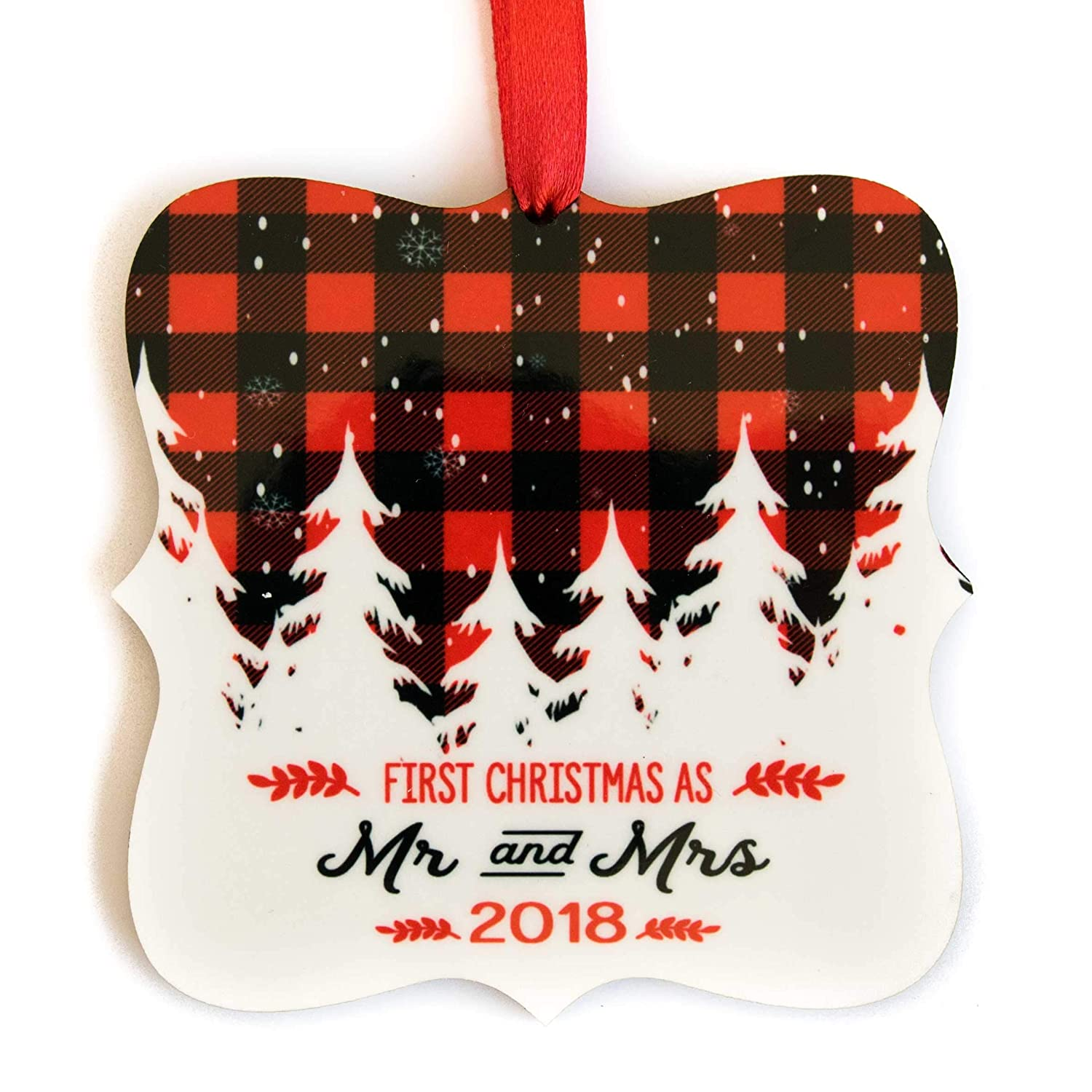 First Christmas as Mr and Mrs 2018 Ornament Gift for Newlyweds - FREE Gift Box