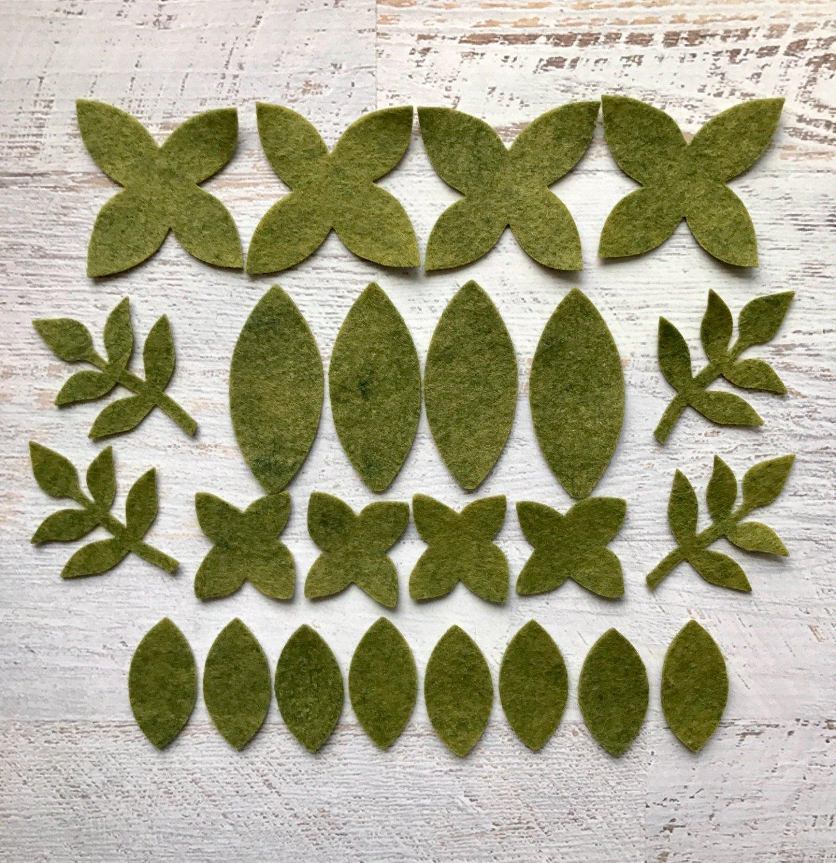 Wool-Felt-Flowers-Winter-Flowers-Metallic-Silver-Snowflakes-19-Flowers-24-leaves-Create-Headbands-DIY-Wreaths-Felt-Garlands