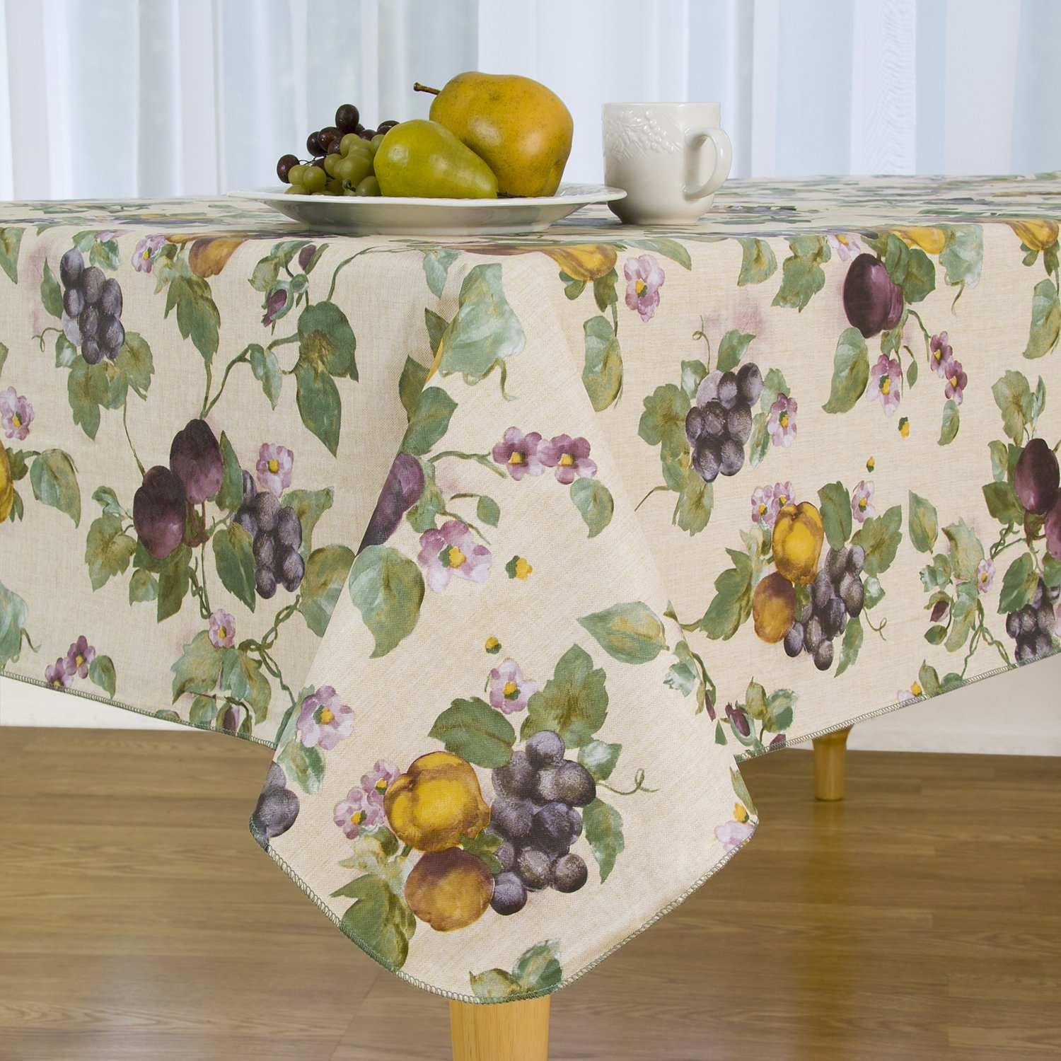 EVERYDAY LUXURIES Fresco Fruit Flannel Backed Vinyl Tablecloth, 60'' Round [Kitchen]