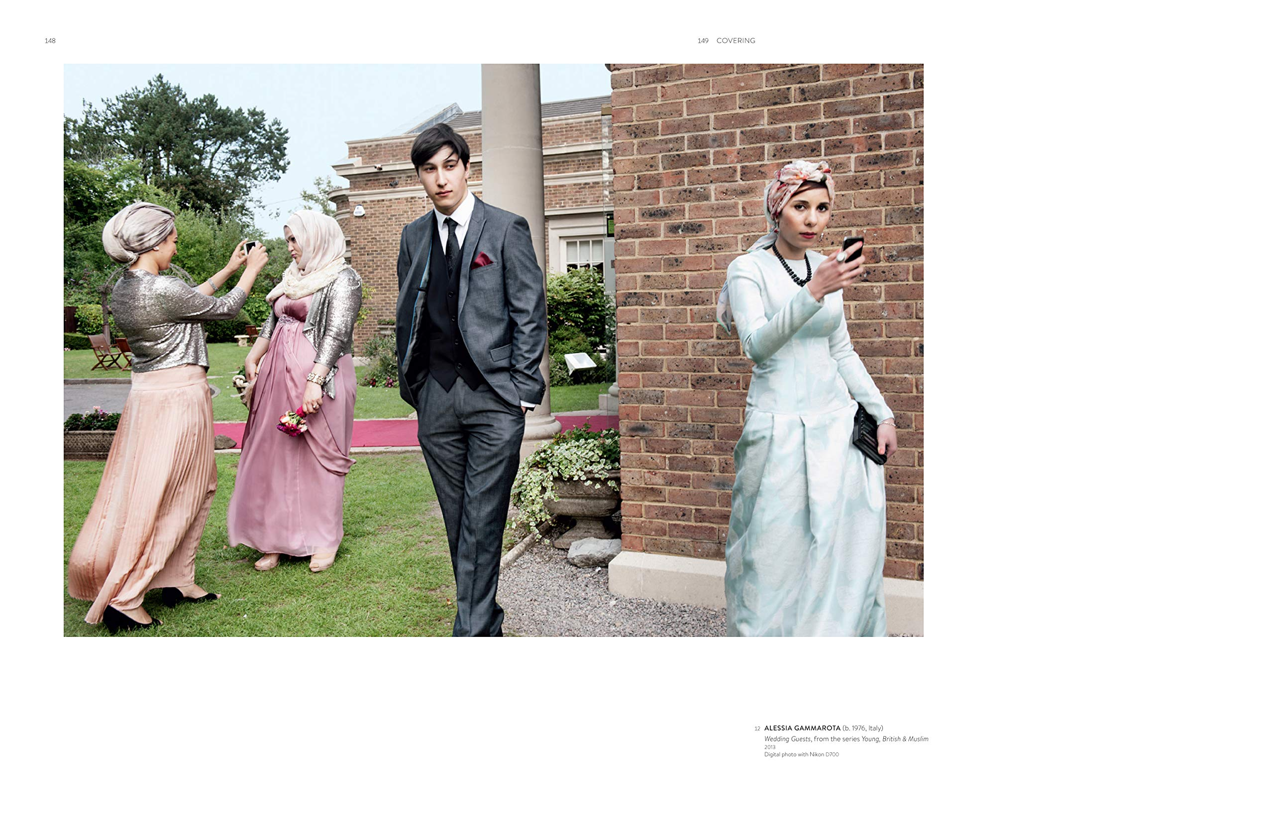 29a749b1f447 Contemporary Muslim Fashion: Amazon.co.uk: Jill D'alessandro, Reina Lewis:  9783791357829: Books