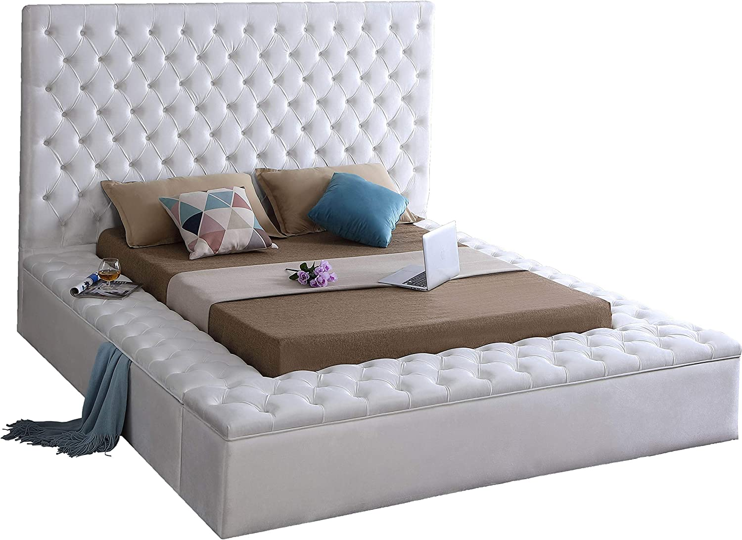 Meridian Furniture Bliss Collection Modern | Contemporary Velvet Upholstered Bed with Deep Button Tufting and Storage Compartments in Rails and Footboard, White, Queen