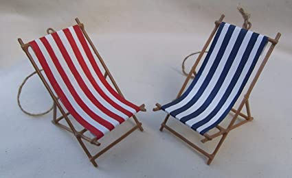 Phenomenal Small Nautical Wooden Red Or Blue Striped Beach Lounge Chair Caraccident5 Cool Chair Designs And Ideas Caraccident5Info