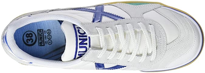 dfbb78fd1f7 MUNICH - Gresca Kid 01 S - Indoor Soccer Futsal Shoe - White Blue   Amazon.ca  Shoes   Handbags