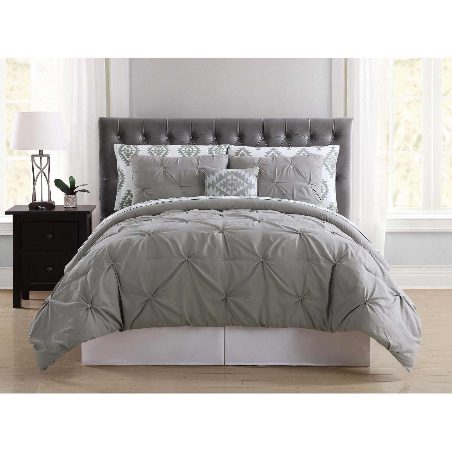 Truly Soft Everyday BIB1969GYKPB-32 Pleated Bed in a Bag, King, Pueblo Grey