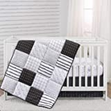 The Peanutshell Black and White Crib Bedding Set for Baby Boys or Girls   3 Piece Nursery Set   Crib Quilt, Fitted Sheet, Dus
