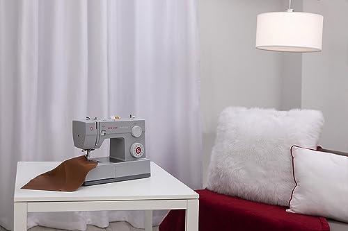 SINGER 4423 Sewing