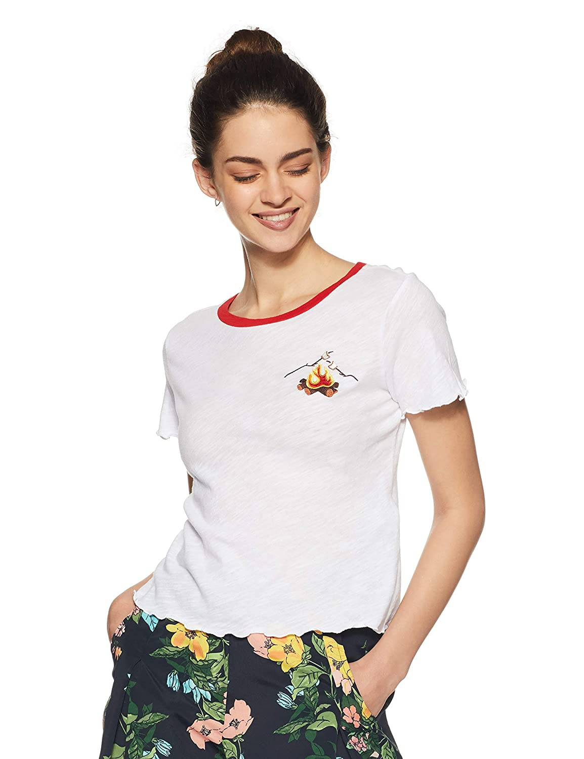 50fbcbe1 Forever 21 Women's Campfire Graphic Tee Logo 89088, Small, White/Orange:  Amazon.in: Clothing & Accessories