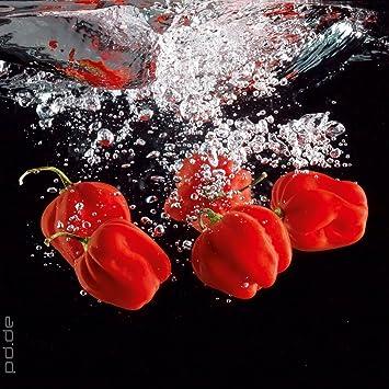 Amazon.de: Glasbild Küche - Roter Paprika im Wasser - Größe 30 x 30 cm