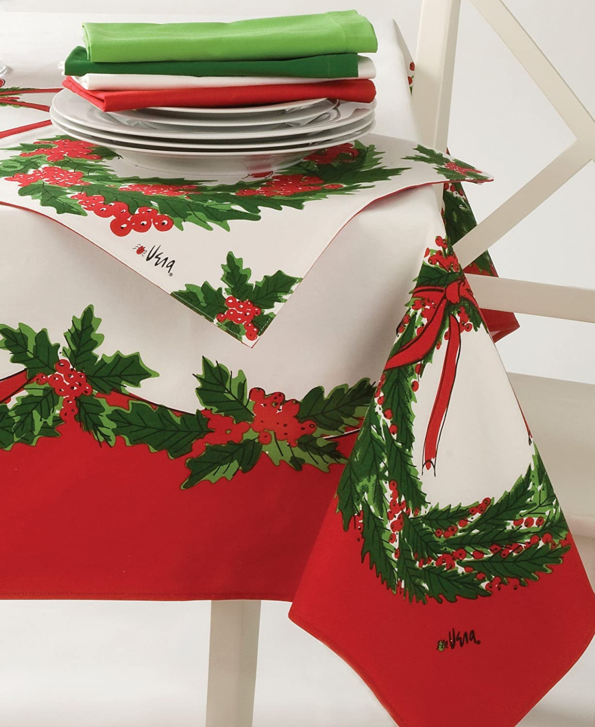 Amazon.com: Vera Neumann Christmas Wreath Tablecloths (60x102in): Home U0026  Kitchen