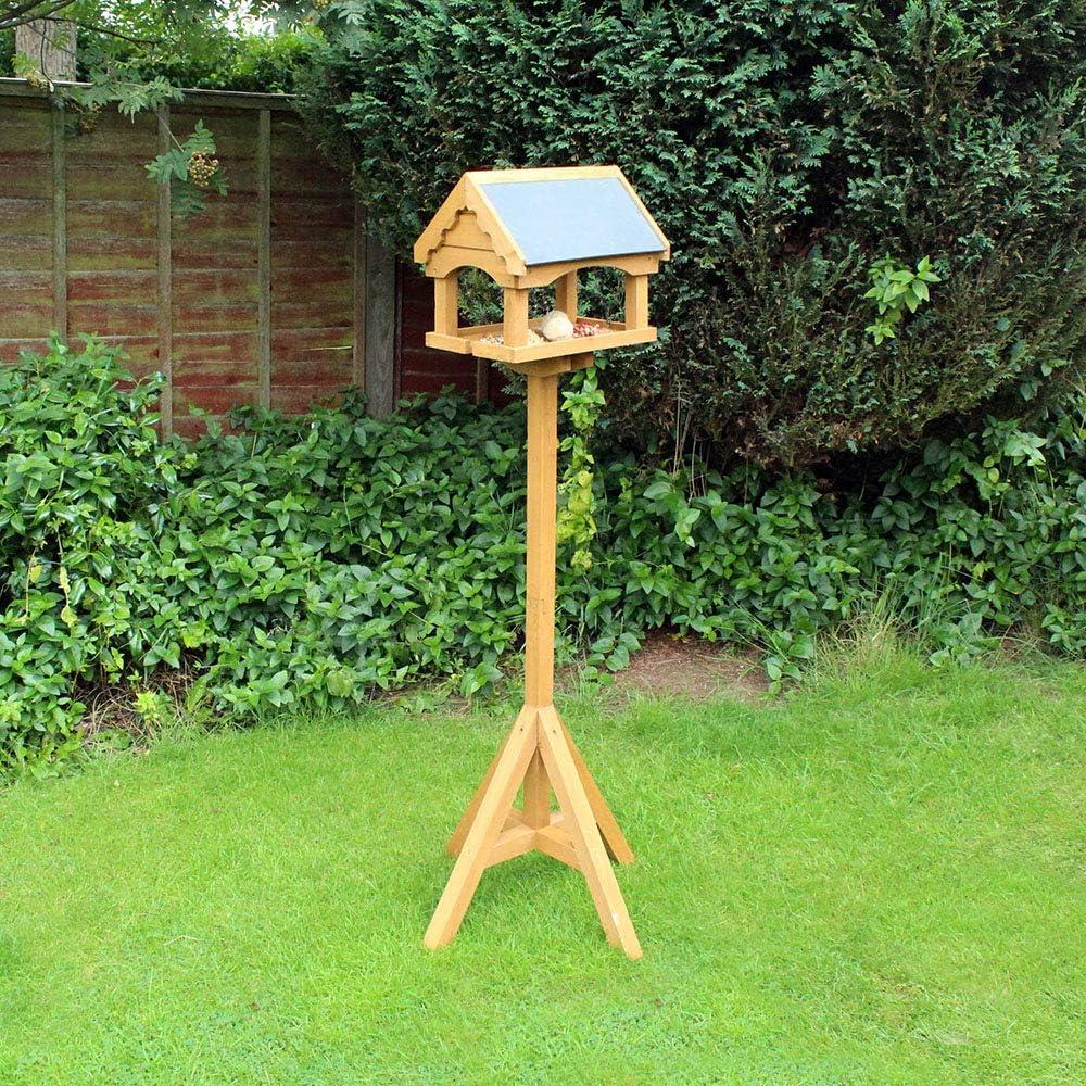 Elegante mesa para pájaros con techo de efecto pizarra y hermosos detalles decorativos hechos de madera certificada FSC