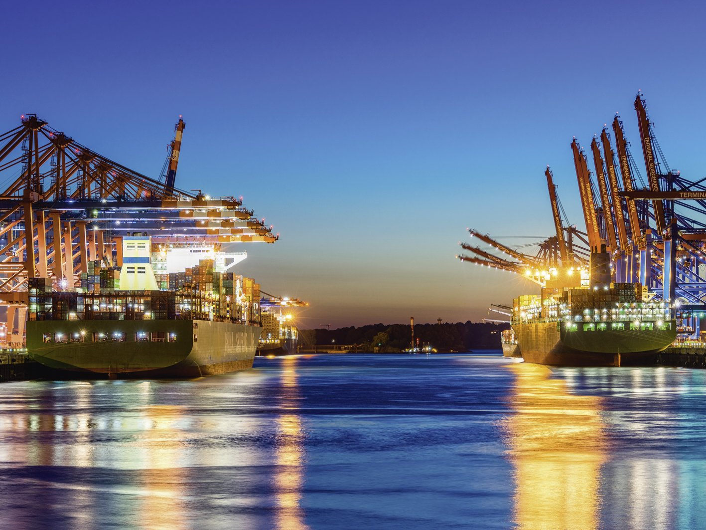 Artland Qualitätsbilder I Bild auf Leinwand Leinwandbilder Wandbilder 120 x 90 cm Städte Deutschland Hamburg Foto Bunt C0FM Hamburg Hafen am Abend 2