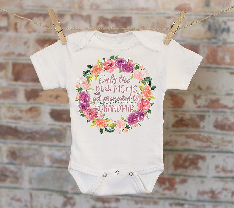 Only The Best Moms Get Promoted To Grandma Wreath Onesie®, Bohemian Onesie, Cute Onesie, Boho Baby Onesie, Girl Onesie