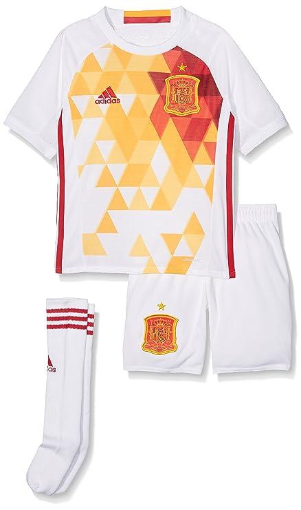 9c2043ef1 Amazon.com   adidas 2016-2017 Spain Away Mini Kit   Sports   Outdoors