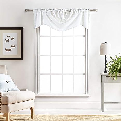 Amazon Com Martha Stewart Chenille Stitch Trumpet Window Curtain Valance White Home Kitchen