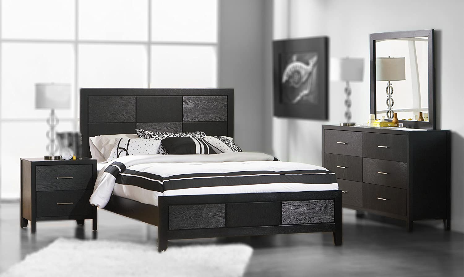 4pc California King Size Bedroom Set with Wood Grain in Black Finish