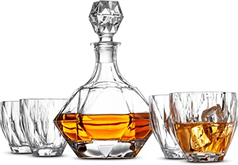 Amazon Com 5 Piece European Style Whiskey Decanter And Glass Set With Magnetic Gift Box Exquisite Diamond Design Liquor Decanter 4 Whiskey Glasses Perfect Whiskey Decanter Set For Scotch