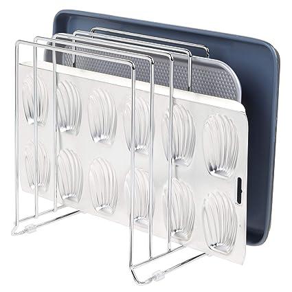 mDesign Soporte para bandejas de Horno en Metal – Compacto Organizador de tapaderas para los armarios – Platero de Cocina para Guardar Utensilios ...
