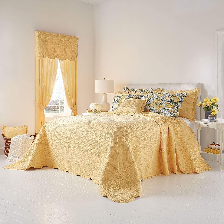 BrylaneHome Florence Oversized Bedspread - King, Dandelion Yellow