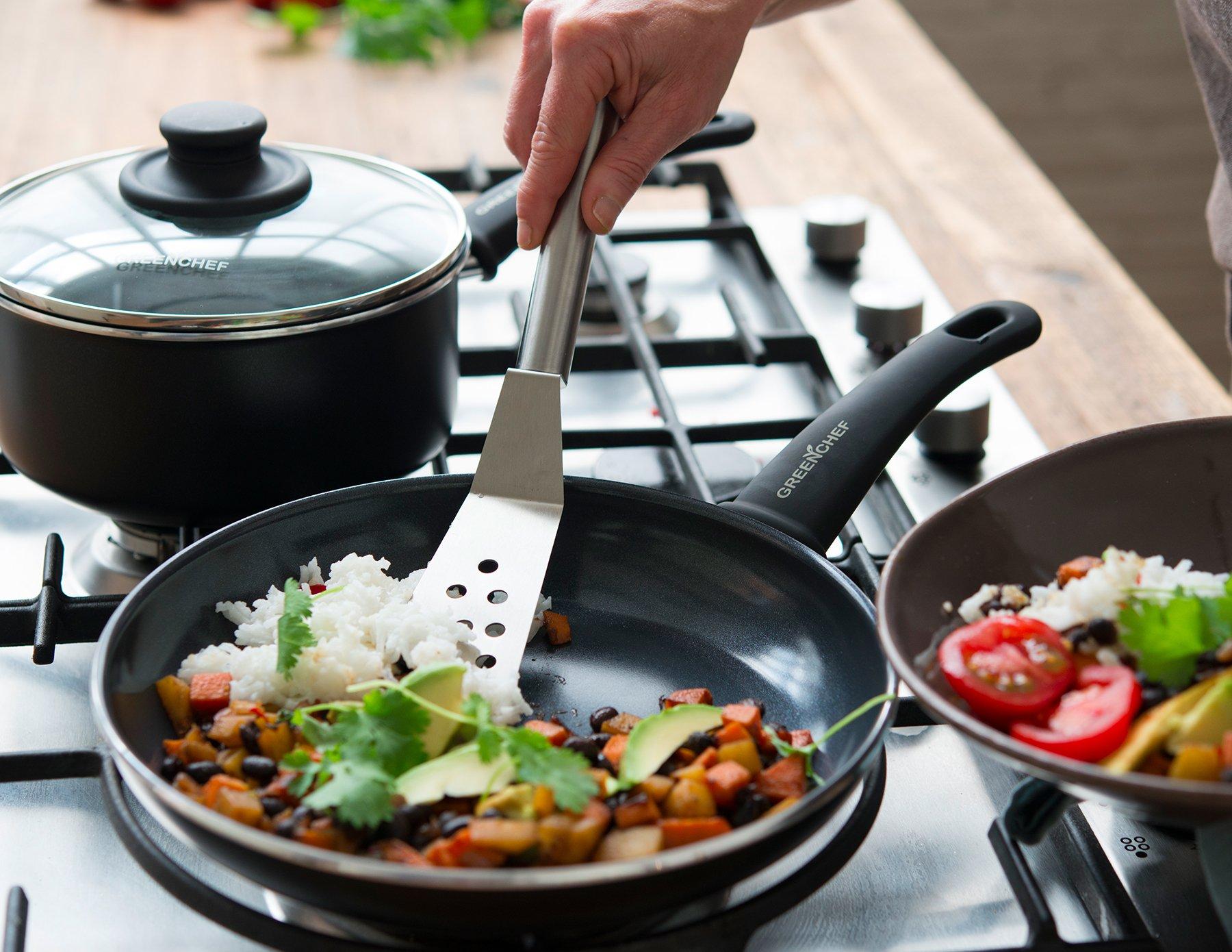 GreenChef CW002482-002 Soft Grip Frying Pan, Aluminium, Black