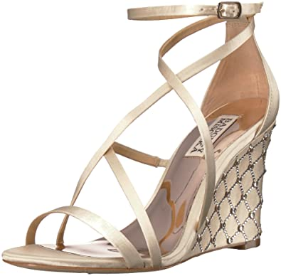 f4199071435 Badgley Mischka Women's Shelly Wedge Sandal