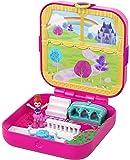Polly Pocket Cofanetto della Principessa, Playset con 3 Nascondigli da Rivelare, 3 Accessori, 1 Micro Bambola Lila e Sticker, GDK80