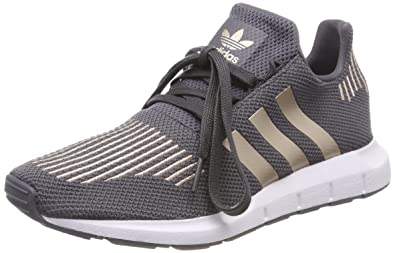 super popular 39ff5 e059a adidas Unisex-Kinder Swift Run Fitnessschuhe Grau (GricinCobmetFtwbla 000)