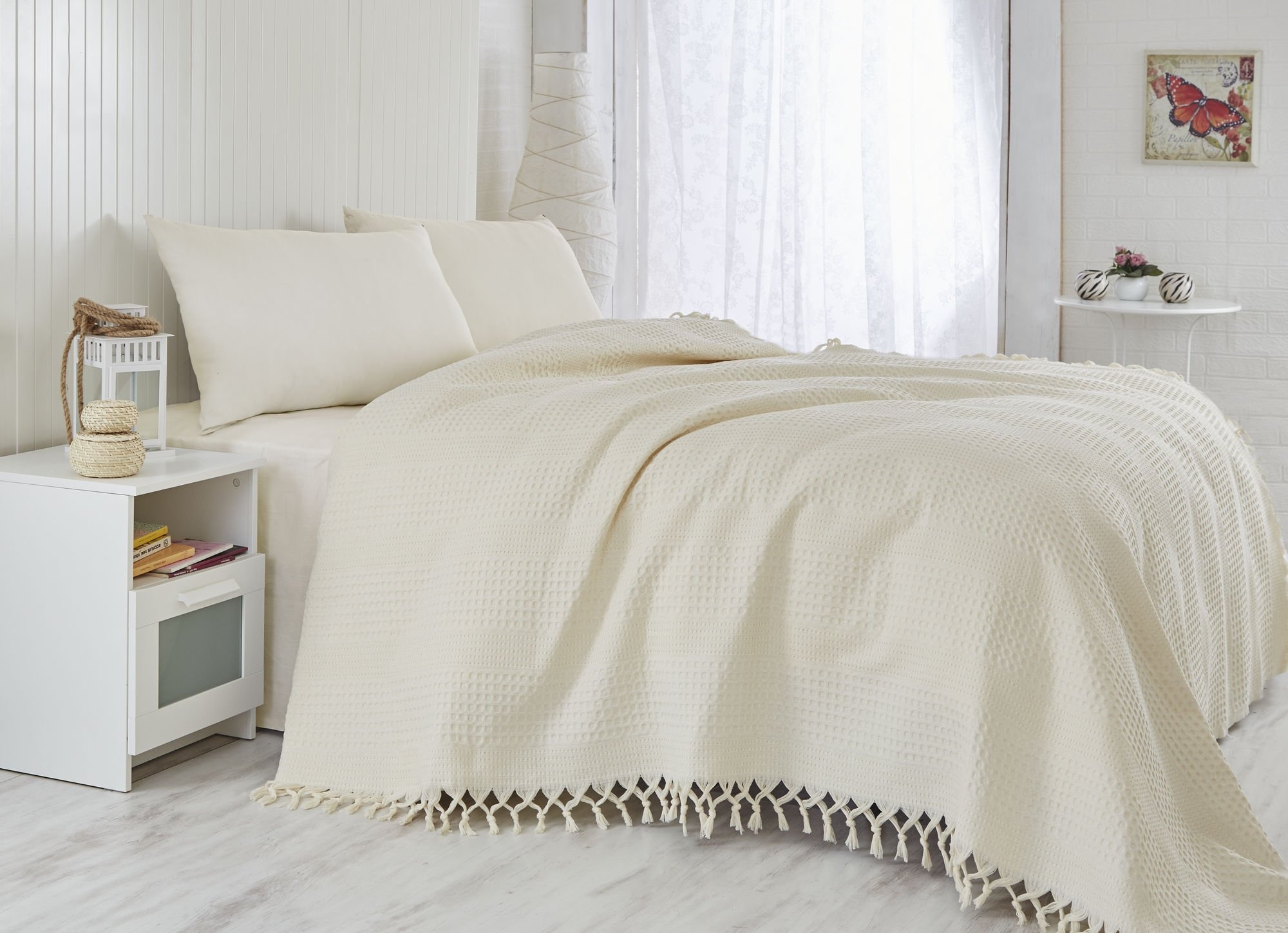 LaModaHome Colors Coverlet, 100% Cotton - Cream Color, Plain, Knitted, 1 Colored - Handmade Fringe - Size (86.6'' x 94.5'') for Queen Bed