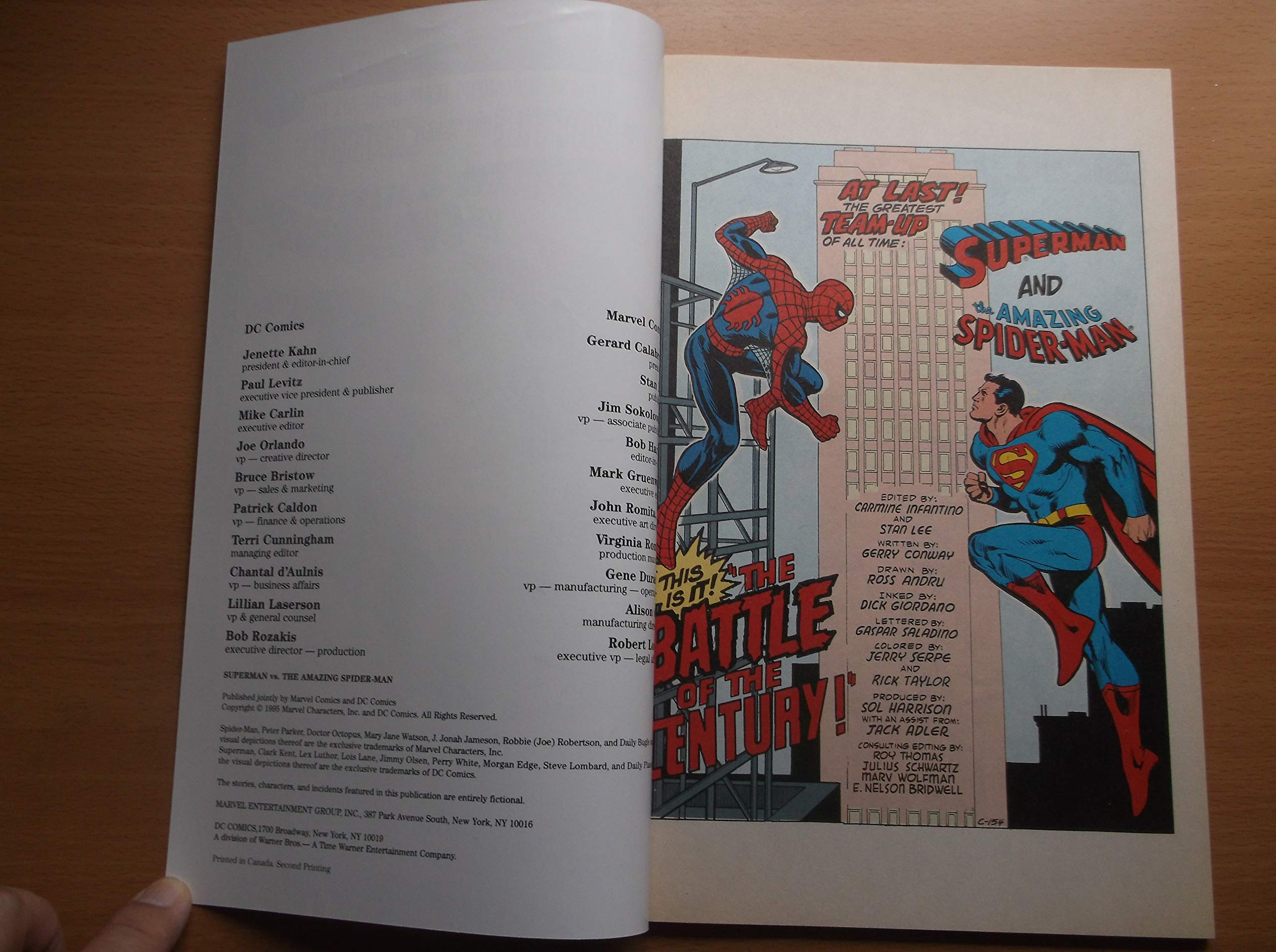 Superman vs Spider-man Battle o//t Century Special Collector Edition  NM 1995 F2