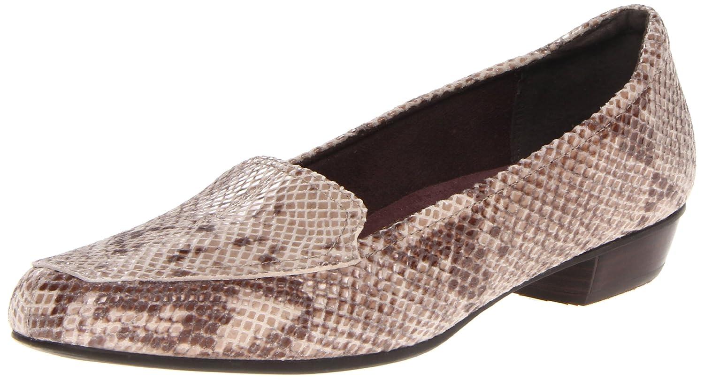 Clarks Womens Timeless Loafer