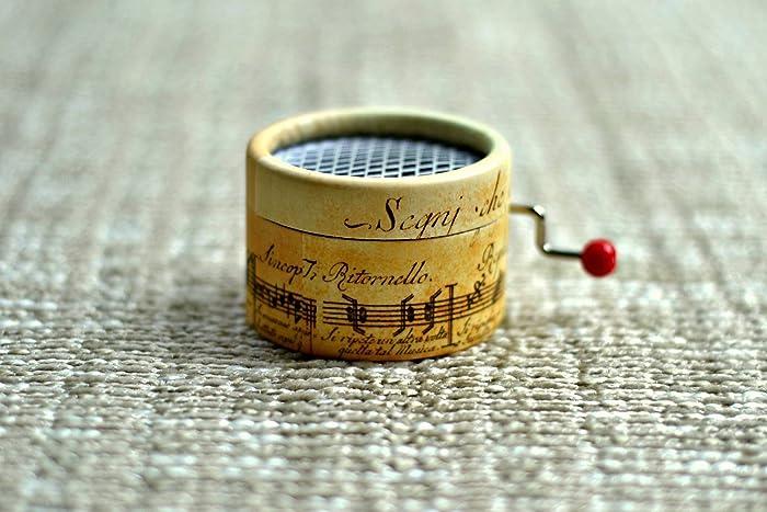Caja de música manual Pentagrama Antiguo a elegir entre las siguientes melodías (Frère Jacques;